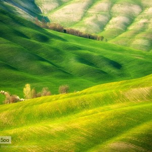 The Rolling Hills of Tuscany and Moravia by Photographer Marcin Sobas
